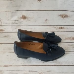 NWOT Comfortview Blue Loafers